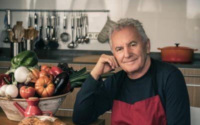 El gusto es mío, un libro de las mejores recetas de Víctor Manuel
